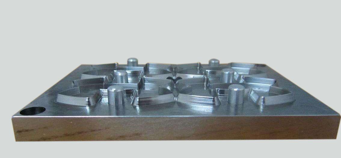 防爆膜雕刻刀模