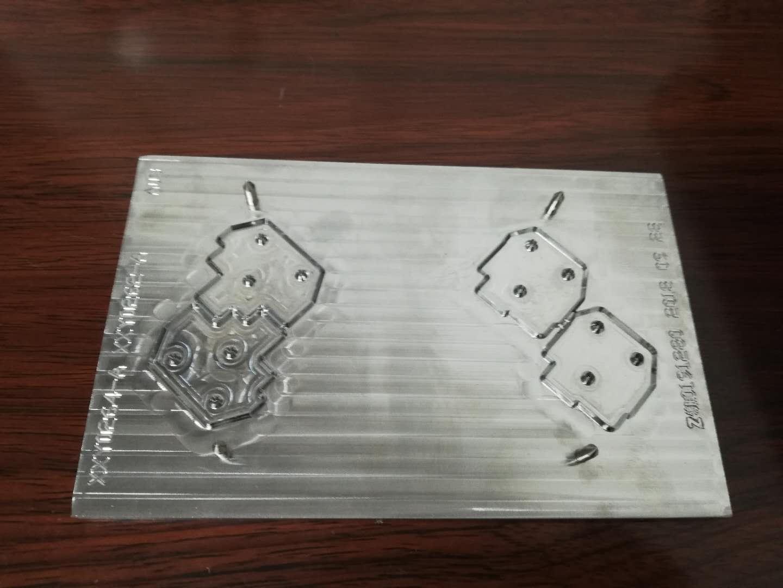 双面胶雕刻刀模